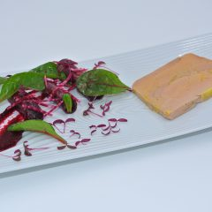 Terrine maison de foie gras et betteraves rouge